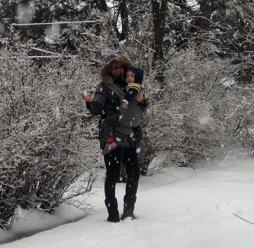 Best baby carriers fo winter, snow and cold weather