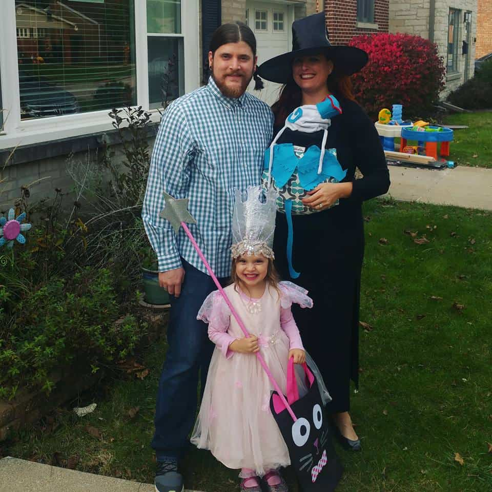Babywearing Halloween costumes 2016: Wizard of Oz, by Charlotte Belsan